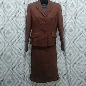 Evan Picone Petite Womens Suit Size 4P
